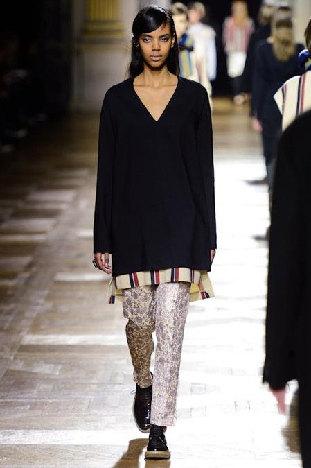 images/cast/10151251945482035=Fall 2013_14 COLOUR'S COMPANY fabrics x=dries van noten paris